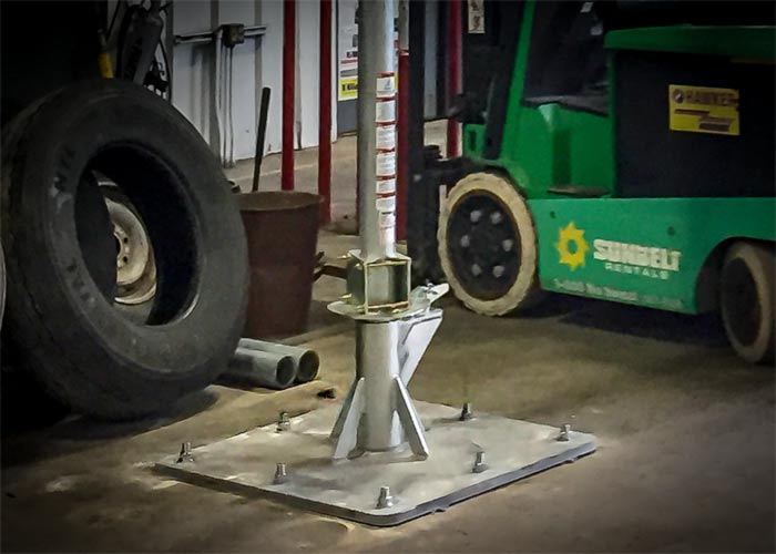 Free Standing Swing Arm Fall Arrest System