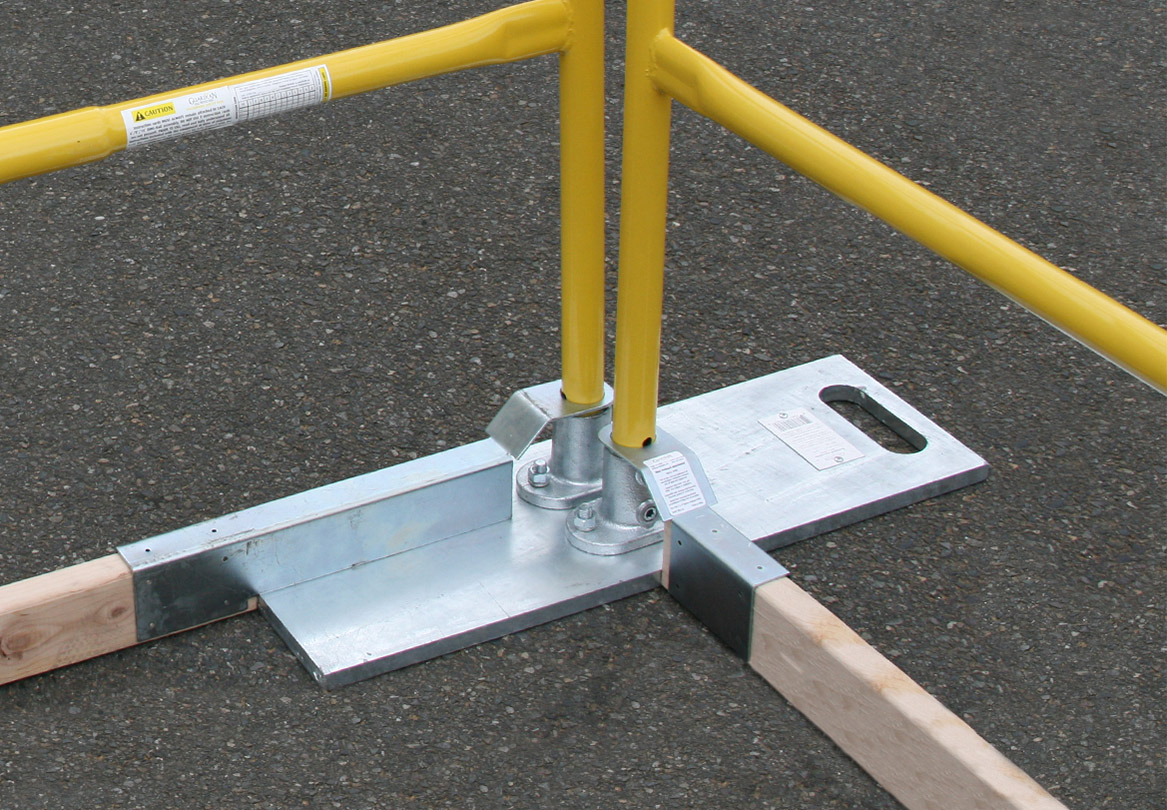 Baseplate Toeboard Attachment